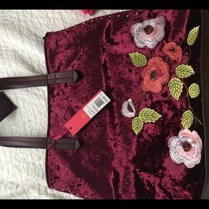 Handbags - Velvet embroidered handbag